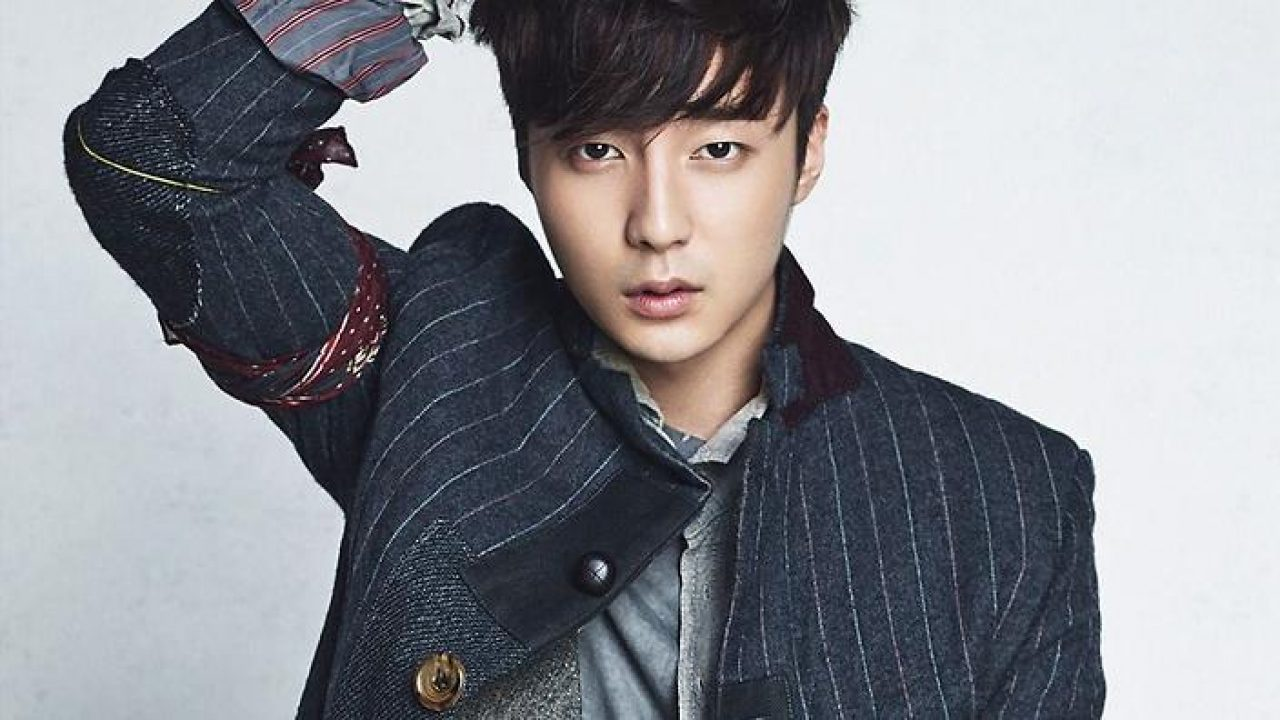 Roy Kim Found Innocent In Jung Joon Young Chatroom Scandal