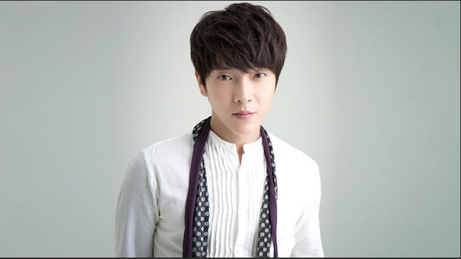 Supernova's Yunhak Diagnosed with COVID-19; Staffers for Different Artists Test Positive 1